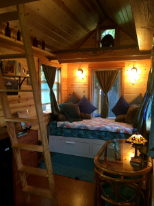 Conspicuous overconsumption is not OK in the tiny house movement. (photo by Ken Dow)