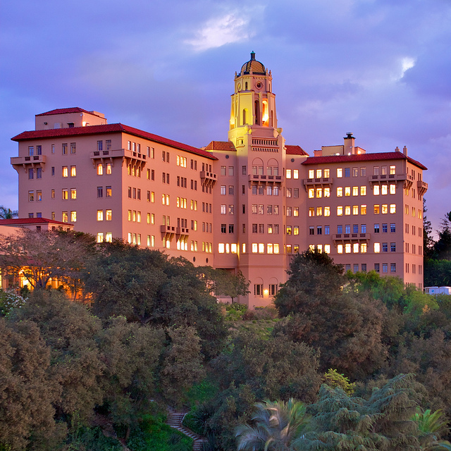 Also at home in the arroyo: the U.S. Ninth Circuit Court of Appeals, a building that was once the Vista del Arroyo Hotel (photo by Mark)